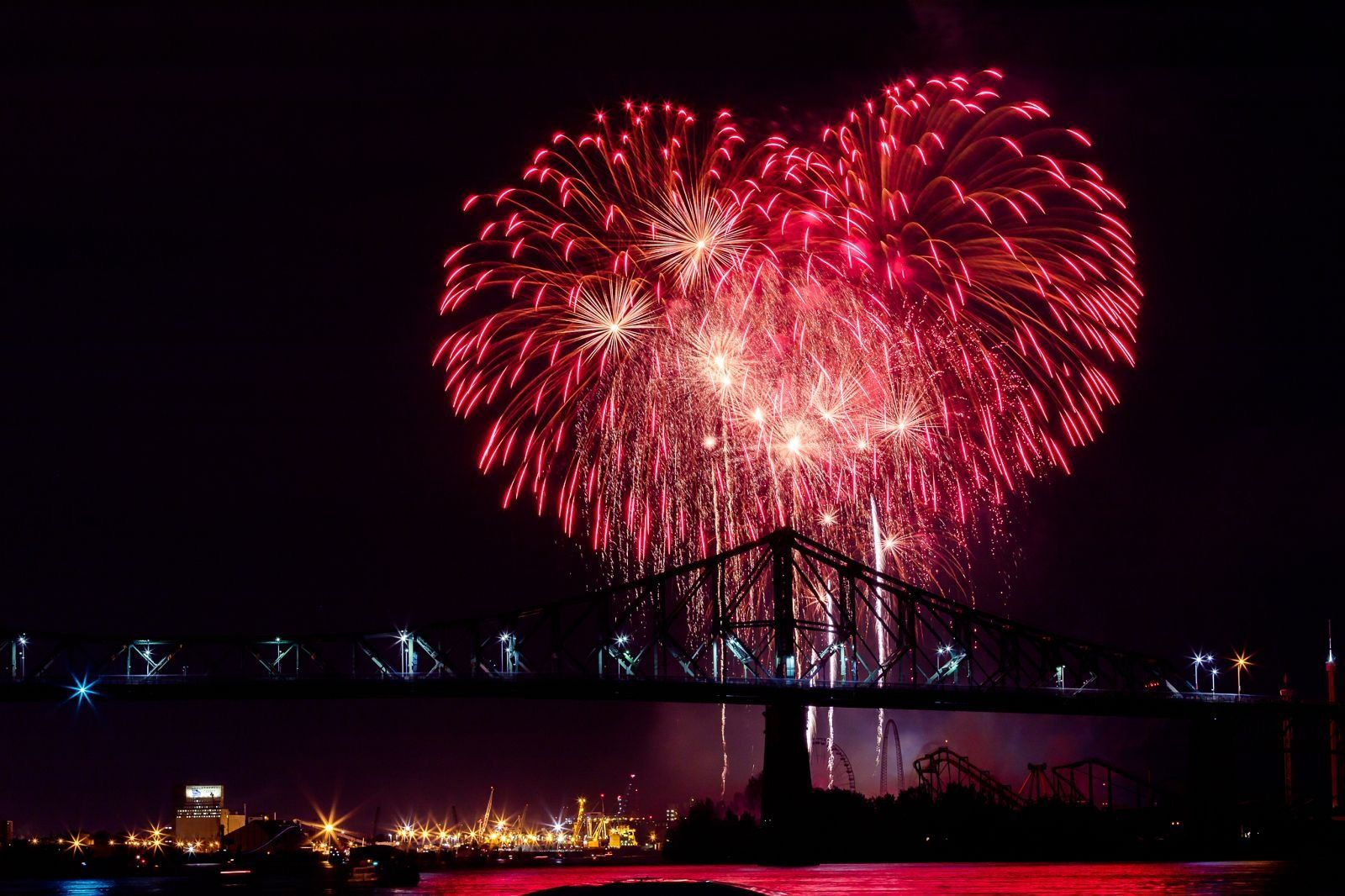 montreal_fireworks_competition_201723_1100.jpg