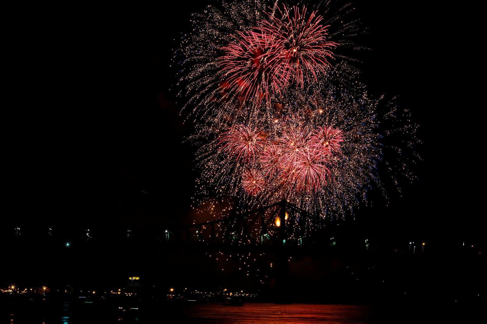 montreal_fireworks_competition_201725_1100.jpg