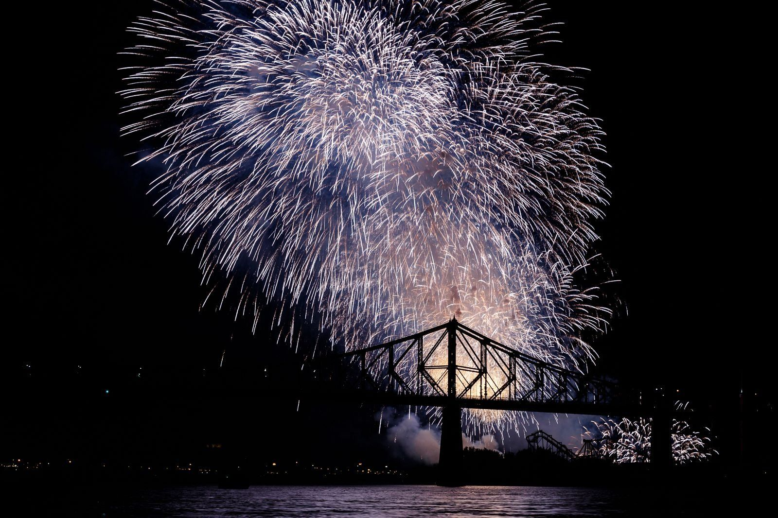 montreal_fireworks_competition_201727_1100.jpg